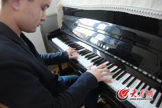 小酒窝钢琴曲谱简谱