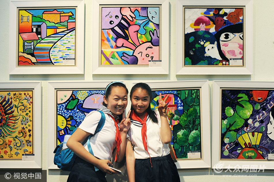 青岛小学生美术作品创意惊人 融合艺术与童真 (/7)图片